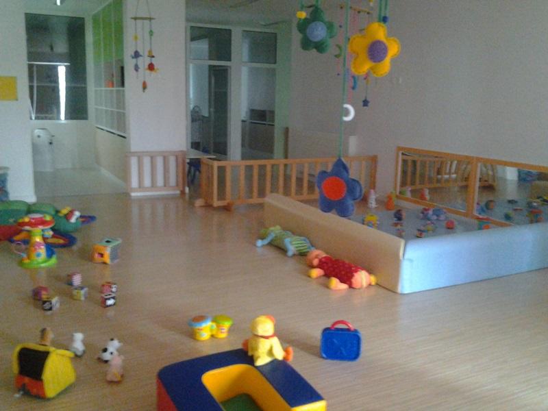 Jardim do Fraldinhas | Com os bebés do piso 1 acompanhados por Micaela Filipe e Sandra Ameiro